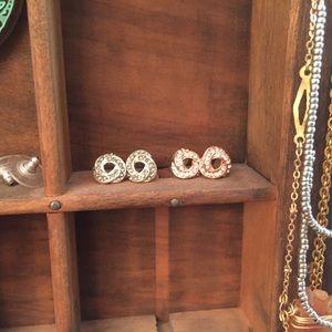 Set of 2 Knot Earrings